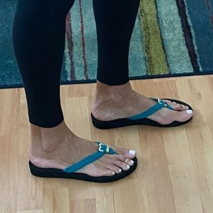 GUESS Flip Flops Sz 10 Teal Worn in House Once
